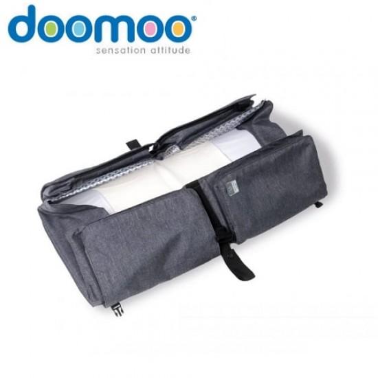 doomoo Nursery Bag and Carrycot