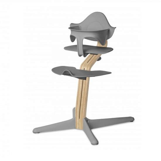 nomi highchair in white oak