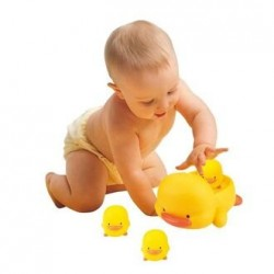 PiyoPiyo Squeaky Bath Toy Set